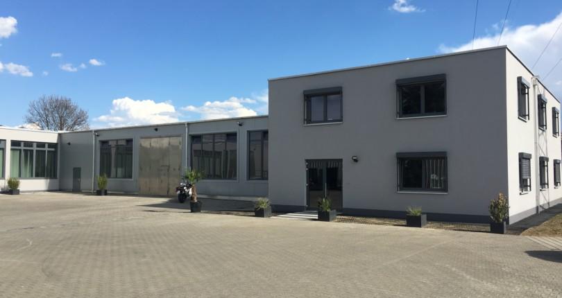 Neubau Bürogebäude mit Produktionshalle in Neu – Ulm