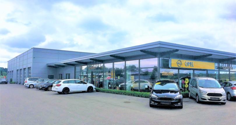 Neubau eines Autohauses in Thannhausen
