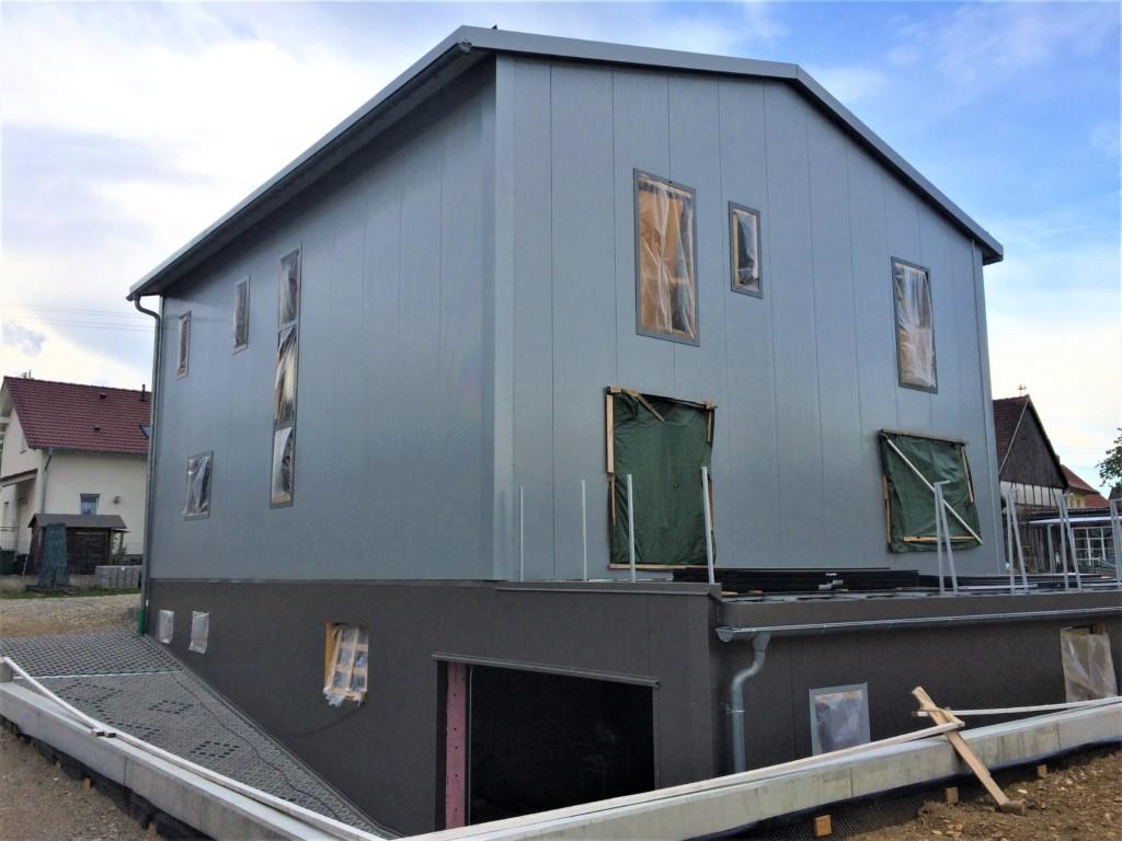 Neubau einfamilienhaus in wei enhorn rauner bau thannhausen for Planung einfamilienhaus